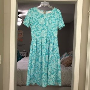 Lularoe Amelia Dress size Large